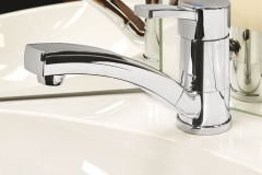 High-quality washbasin fittings